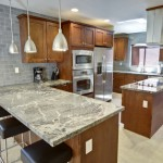 Simple, clutter-free kitchen - Staging advice from Guelph Realtor Kelly Caldwell